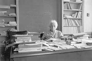 Einstein+at+his+desk+1955